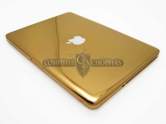 Zlatý MacBook Pro